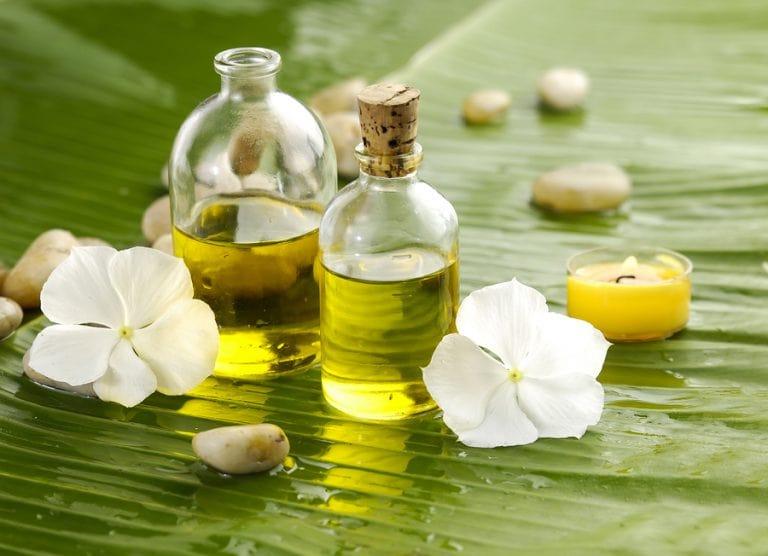 Масло от Таману – мощно средство срещу белези и стрии